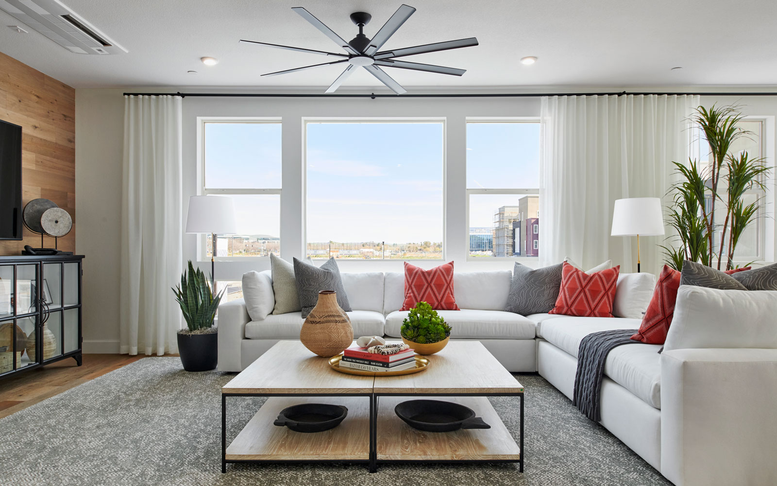 Great Room   Residence 3   Hyde Park at Boulevard in Dublin, CA   Brookfield Residential